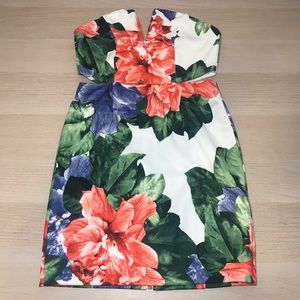 Floral Strapless V Cut Bodycon Dress